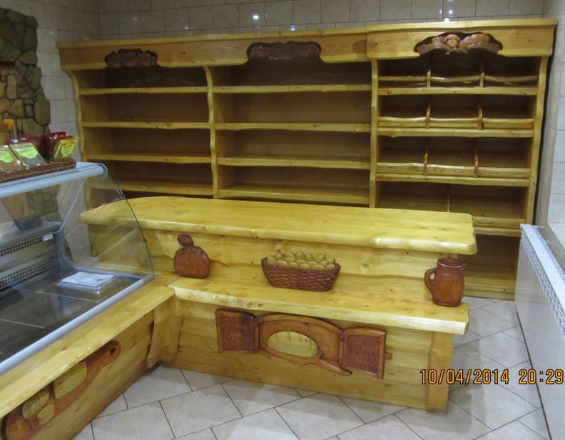 Stoiska handlowe z drewna